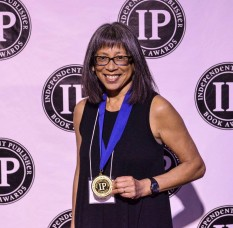 IPPY award cropped